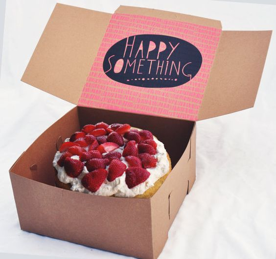 جعبه کیک تولد ، از سادگی طرح تا دلپذیری طعم